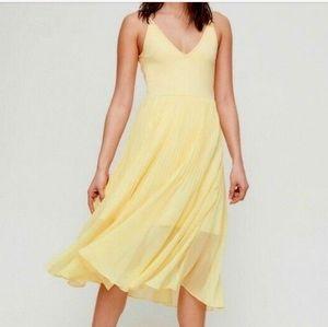 Aritzia Wilfred Fit Flare Pleated Daphnee Dress xs